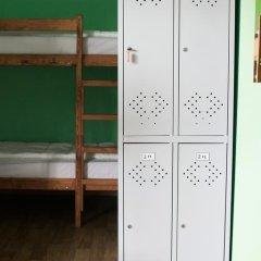 Crazy Dog Hostel Кровать в общем номере с двухъярусной кроватью фото 6
