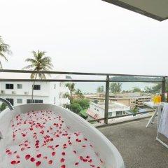 Отель Sugar Palm Grand Hillside 4* Номер Делюкс двуспальная кровать фото 7
