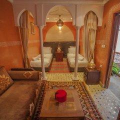Отель Dar Ikalimo Marrakech 3* Улучшенный номер с различными типами кроватей