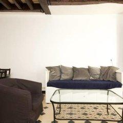 Отель Appartement Saint Rustique Франция, Париж - отзывы, цены и фото номеров - забронировать отель Appartement Saint Rustique онлайн комната для гостей фото 3
