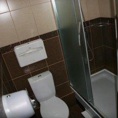 Гостиница Hostel Aura в Барнауле отзывы, цены и фото номеров - забронировать гостиницу Hostel Aura онлайн Барнаул ванная