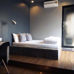 Silom Space Hostel Бангкок комната для гостей фото 4