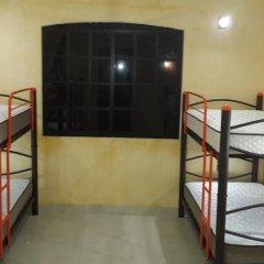 Отель Hostal La Ermita Кровать в общем номере с двухъярусной кроватью фото 5
