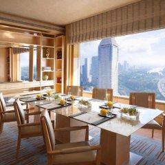 Отель The Ritz-Carlton, Millenia Singapore питание фото 3