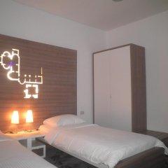 Отель Slavija 3* Стандартный номер с двуспальной кроватью