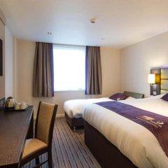Отель Premier Inn Glasgow Pacific Quay комната для гостей фото 9