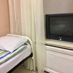 Гостиница Petrograd Na Zhukovskogo 39 Стандартный номер с 2 отдельными кроватями (общая ванная комната)