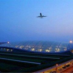 Отель Ramada by Wyndham Beijing Airport Китай, Пекин - 9 отзывов об отеле, цены и фото номеров - забронировать отель Ramada by Wyndham Beijing Airport онлайн спортивное сооружение