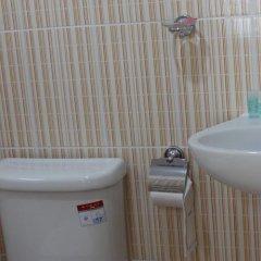 Отель Samal Guesthouse ванная фото 2