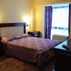 Vigo Grand Hotel 3* Улучшенный номер с двуспальной кроватью