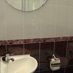 Мини-отель ФАБ 2* Стандартный семейный номер разные типы кроватей фото 16