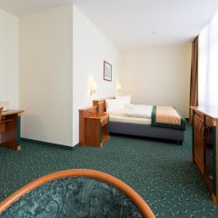 Hotel Steglitz International 4* Полулюкс с двуспальной кроватью