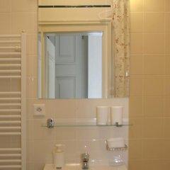 Hostel Rosemary Кровать в женском общем номере с двухъярусной кроватью фото 25