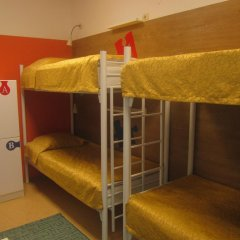 Пазл Хостел Кровать в общем номере двухъярусные кровати