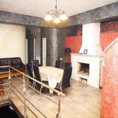 Отель David Mikadze's Guest House фото 3