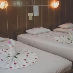 Nanda Wunn Hotel - Hostel Бунгало с различными типами кроватей фото 14