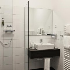 Отель Uhu Gastehaus Кёльн ванная фото 2