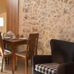 Отель Porto Enetiko Suites в номере фото 2