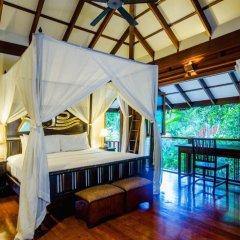Отель Koh Jum Beach Villas 4* Вилла с различными типами кроватей