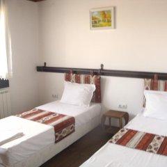 Отель Guest House Black Lom Стандартный номер с двуспальной кроватью фото 2
