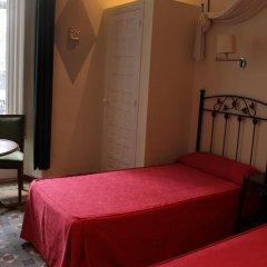 Отель Hostal Center Inn 2* Стандартный номер с различными типами кроватей фото 45