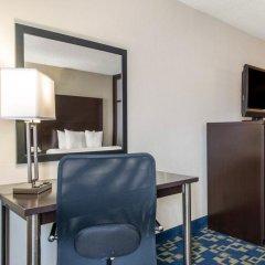 Отель Comfort Inn & Suites near Universal Orlando Resort 2* Стандартный номер с различными типами кроватей