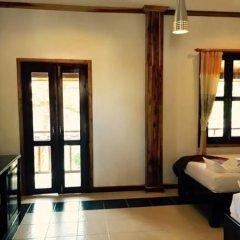 Отель Villa Oasis Luang Prabang 3* Улучшенный номер с 2 отдельными кроватями фото 4