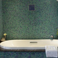 Golden Lotus Luxury Hotel 3* Стандартный номер с различными типами кроватей фото 5