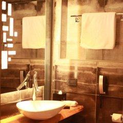Отель Ikonik The Public ванная фото 2