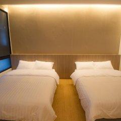 Отель Glur Bangkok Стандартный номер разные типы кроватей (общая ванная комната) фото 2