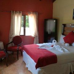 Отель y Cabañas Ros Гондурас, Тегусигальпа - отзывы, цены и фото номеров - забронировать отель y Cabañas Ros онлайн комната для гостей