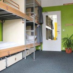 Отель St Christophers Inn Berlin Кровать в общем номере с двухъярусной кроватью фото 10