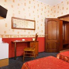 Гостиница Регина 3* Стандартный номер с различными типами кроватей фото 11