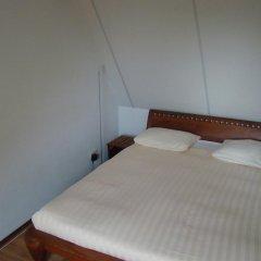 Hotel de Tabaksplant 3* Номер с общей ванной комнатой с различными типами кроватей (общая ванная комната) фото 4