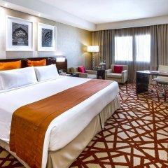 Отель Crowne Plaza Dubai Deira 5* Номер Делюкс с различными типами кроватей