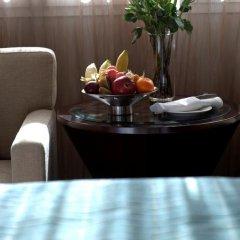 Отель Crowne Plaza Dubai Deira 5* Представительский номер с различными типами кроватей фото 7