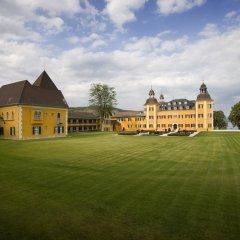 Отель Falkensteiner Schlosshotel Velden 5* Улучшенный номер с различными типами кроватей