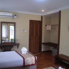The White Avenue Hotel комната для гостей