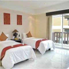 My Hotel 3* Улучшенный номер с двуспальной кроватью фото 7