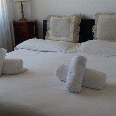 Отель B&B Le stanze di Cocò Стандартный номер с двуспальной кроватью (общая ванная комната)