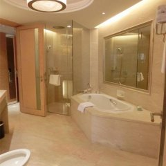 Baolilai International Hotel 5* Люкс Бизнес с двуспальной кроватью фото 13