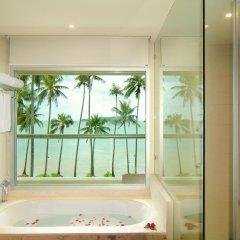 Отель Crowne Plaza Phuket Panwa Beach 5* Стандартный номер с двуспальной кроватью фото 23