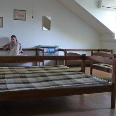 Хостел В центре Кровать в общем номере фото 16