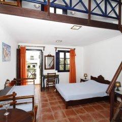 Отель Anny Studios Perissa Beach Греция, Остров Санторини - отзывы, цены и фото номеров - забронировать отель Anny Studios Perissa Beach онлайн комната для гостей фото 5