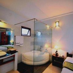 Отель Starfruit Homestay Hoi An 2* Улучшенный номер с различными типами кроватей фото 9