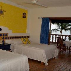 Отель Playa Conchas Chinas 3* Стандартный номер фото 5