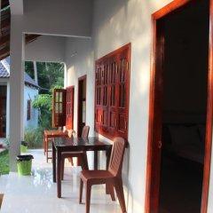 Отель Hoa Nhat Lan Bungalow 2* Стандартный номер с двуспальной кроватью фото 4