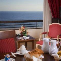 Отель Yellow Praia Monte Gordo 4* Люкс с различными типами кроватей фото 5