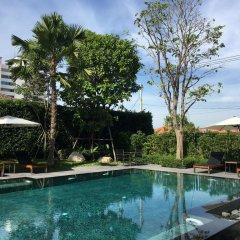Отель The Sala Pattaya Паттайя бассейн
