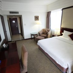 Guangzhou Hotel 3* Представительский номер с разными типами кроватей